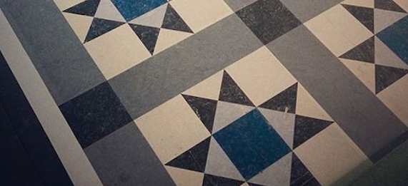 Patterned marmoleum with a border